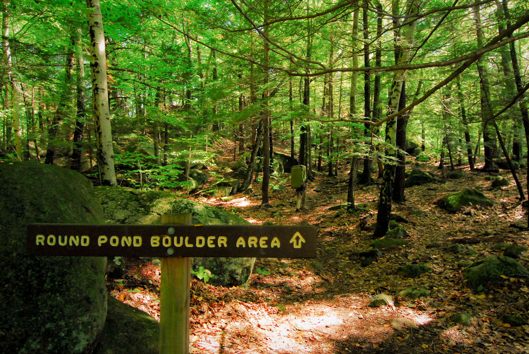 Round Pond Boulder Area Sign